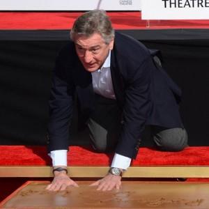 Robert-De-Niro_Chinese_Theatre_Silver-Linings_Oscar