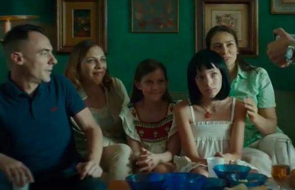 Favolacce: trama e trailer del film dei fratelli D'Innocenzo con Elio Germano